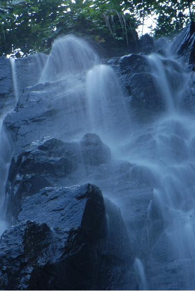 新庄の滝2