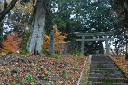 雨の乙女神社